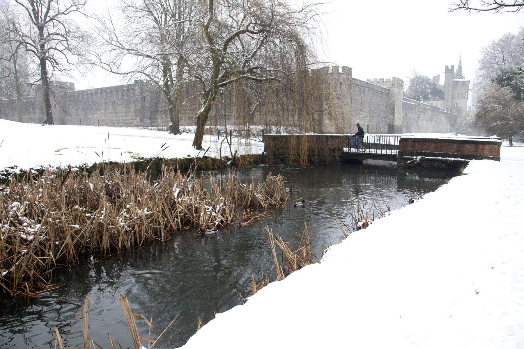 castle-snow-3